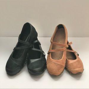 Skechers Maryjane Style Sneakers, size 8